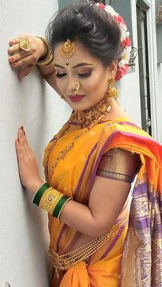Indian beauty Kerala Wedding Saree, Indian Wedding Poses, Bridal Hairstyle Indian Wedding, Indian Wedding Photography Poses, Indian Bridal Fashion, Saree Wedding, Photography Couples, Wedding Updo, Wedding Shoot