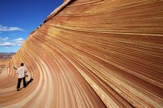Hiking near Utah - Hike Coyote Buttes North to the Wave