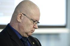 Oikeusministeri Jari Lindström kertoi torstaina käräjäverkoston supistamisesta.
