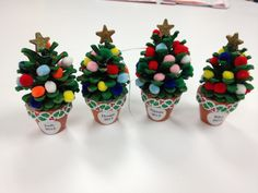 Pine Cone and Pom-Pom Christmas Tree Craft (picture only)