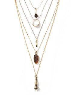 Delicate Layer Necklace Product Image