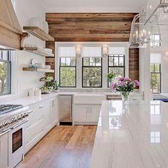 Modern Kitchen Interior Remodeling 30 Preeminent Ideas To Decorating A Farmhouse Kitchen Farmhouse Kitchen Cabinets, Farmhouse Style Kitchen, Modern Farmhouse Kitchens, Home Decor Kitchen, Rustic Kitchen, Kitchen Interior, Home Kitchens, Kitchen Ideas, Design Kitchen