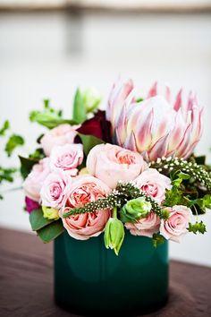 lindyfloral.com; protea, roses