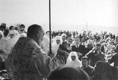 Padre Pio celebra la Santa Messa in occasione dell'inaugurazione della Casa Sollievo della Sofferenza (5 maggio 1956)