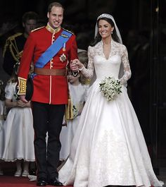 Kate Middleton Photos Photos - The royal wedding of Prince William and Catherine Middleton held at Westminster Abbey. - Royal Wedding: Introducing the Duke and Duchess of Cambridge William Kate, Prince William And Catherine, William Windsor, Prince Charles, Duke William, William Arthur, Looks Kate Middleton, Kate Middleton Wedding Dress, Pippa Middleton