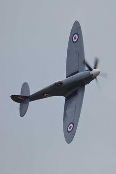 Spitfire PR Mk. XIX, Photo reconnaissance bird, built to fly fast and high 30,000+ feet