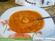 Sopa de gambas con Thermomix Pasta Thermomix, Spanish Food, Recipe Using, Thai Red Curry, Food Porn, Food And Drink, Ethnic Recipes, Primers, Ideas Para