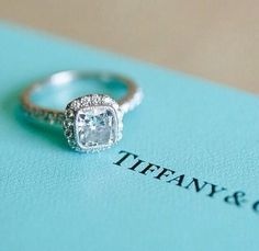 Share the beautiful dress; #wedding #ring #fashion #weddingdress