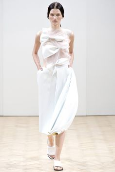 J.W. Anderson Spring 2014 RTW - Runway Photos - Fashion Week - Runway, Fashion Shows and Collections - Vogue