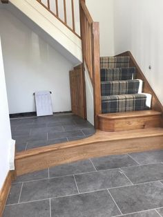 Karndean tiles and tartan carpet More – carpet stairs Hallway Colours, New Homes, Carpet Stairs, Stairs Design, Tiled Hallway, Home, Tartan Carpet, House Stairs, Tartan Stair Carpet