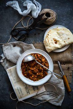 picante-jalapeno.blogspot.com: Słodko-kwaśne curry z kurczaka, z chlebkami naan domowej roboty