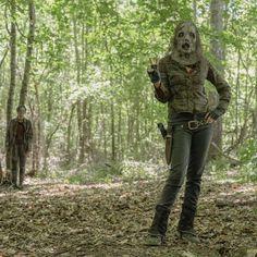 Por Tras Das Cameras, Lauren Cohan, Cool Watches, The Walking Dead, Tv Series, Instagram, Walking Dead