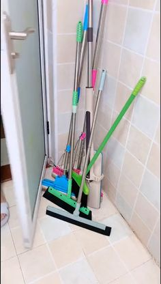 home decor videos Wall Mounted Mop Organizer Holder Brush Broom Hanger Storage Kitchen Tool. Cool Kitchen Gadgets, Home Gadgets, New Gadgets, Kitchen Hacks, Broom Hanger, Tie Organization, Bathroom Crafts, Diy Kitchen Storage, George Nelson