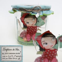 Chloé Rémiat... I like this kinda stuff.. I wish the link worked so I can see more of it!! Paper Mache Diy, Paper Clay, Paper Toys, Paper Art, Jam Jar Crafts, Book Crafts, Fairy Jars, Cute Clay, Polymer Clay Dolls