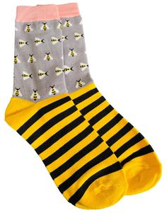 Ladies grey socks with a Bee print and black and yellow stripes.  £7.95 with FREE UK Delivery  Excellent quality, soft and stretchy bamboo / cotton blend fabric ( 54% Bamboo, 22% Cotton, 16% Polyester, 6% Nylon, 2% Elastane )  One size ( Ladies UK Shoe size 4 - 7 ) Yellow Stripes, Black N Yellow, Prom Accessories, Bamboo Socks, Cat Scarf, Grey Socks, Lady Grey, Free Uk, Clutch Bag