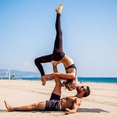 25 AcroYoga Couples Who Prove Nothing Is Sexier Than Being Fit Together