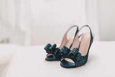 KAte Spade Glitter Bow Shoes Bride Bridal Rustic Chic Blush Barn Wedding http://www.kerrydiamondphotography.com/