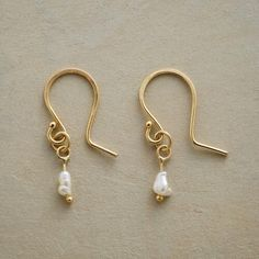 PEARL PINPOINT EARRINGS: View 1