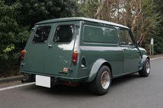 green austin mini clubman
