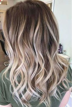 Gorgeous Brown Hairstyles with Blonde Highlights: Dark Brown Hair with Heavy Blonde Balayage