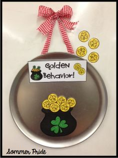 Looking for a different way to manage student behavior? Try whole class POSITIVE behavior management! Try Pizza Pan Praise!  {PBIS friendly}  {pot of gold themed} Perfect for March and St. Patrick's Day! $