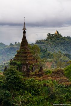 Mrauk-U, Myanmar- photos by Stephan Brauchli