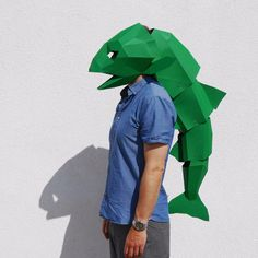 These plans enable you turn recycled card into an amazing 3D Low-Poly Fish�Mask with an articulated tail. �With this mask you have the choice to buy just the he