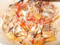 Joghurtos padlizsán Hawaiian Pizza, Bacon, Veggies, Vegetarian, Vegan, Chicken, Food, Vegetable Recipes, Vegetables