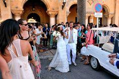 XAVI + DANAE « MissMrs. Ceremonia. Ajuntament de Ciutadella de Menorca. Confetti. Mehari. Cymbeline.