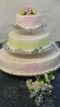 Hochzeitstorte im Auftrag