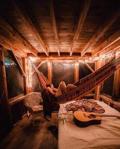 Sleepin' in a cabin   (weheartit.com)