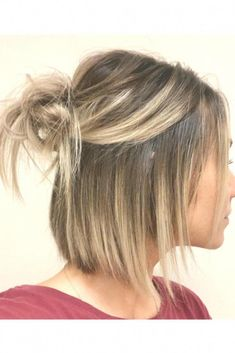 Half up Bun # hairstyles # hairstyles # причесок - All For Wedding Hair Style Bob Hairstyles For Fine Hair, Lob Hairstyle, Hairstyles Haircuts, Short Fine Hair Updo, Short Bob Updo, Messy Bun Hairstyles, Beautiful Hairstyles, Short Hair Cuts For Women, Short Hair Styles