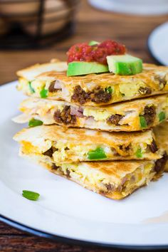 Breakfast Quesadillas 21 Insane Ways To Start Your Day With Eggs Chorizo Breakfast, Breakfast Quesadilla, Quesadilla Recipes, Breakfast Burritos, Brunch Recipes, Breakfast Recipes, Snack Recipes, Cooking Recipes, Breakfast Dishes