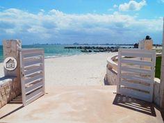 Entrance to the beach. Amara Cancun, Puerta del Mar, Cancun real estate