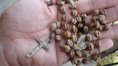 Check out this item in my Etsy shop https://www.etsy.com/listing/262585323/rescued-restored-recycled-rosary