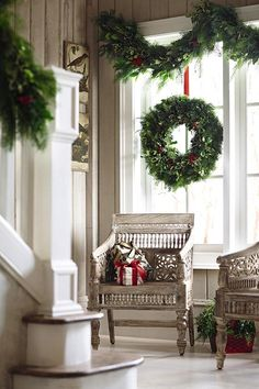 home decorators 6' holly and variegated greens garland