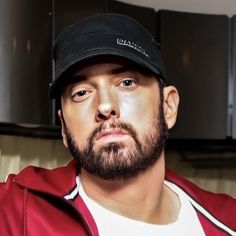 """""""It seems like our man catched a tan in Cali, I love that, almost as beautiful as his tan during The Eminem Show era 😍❤️🥰"""" New Eminem, The Eminem Show, Eminem Music, Eminem Rap, The Marshall Mathers Lp, Marshall Eminem, Eminem Wallpapers, Best Rapper Ever, Eminem Photos"""