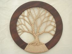 Vintage Decor Diy Use this as pattern. See back/top attachment. Tree of life hippie vintage macrame wall hanging in huge circle frame Diy Projects To Try, Crafts To Do, Arts And Crafts, Los Dreamcatchers, Macrame Projects, Macrame Patterns, Crafty Craft, Tree Art, String Art