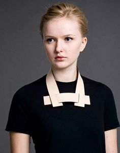 3 / Staka are Icelandic product designers María Kristín Jónsdóttir and Bylgja Svansdóttir. Viking-era materials are used to design unisex leather accessories that draw inspiration from one of Iceland's most notorious narratives, the Brennu-Njáls saga. Each piece reflexs the status of the wearer from the era.