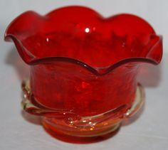 Vintage Kanawha Amberina Crackle Glass Small Scallop Bowl 4 inch Diameter