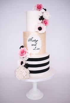 Graphic Stripes themed cake
