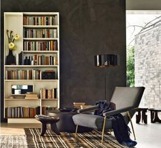 D. 153.1 is an armchair designed by Gio Ponti in 1953. Now it is produced by Molteni.