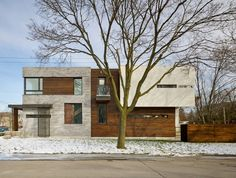 Garden Void House in Toronto Displays Highly Flexible Layout - http://freshome.com/garden-void-house/