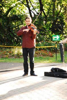 Violinista By Esteban Morales. © 2012