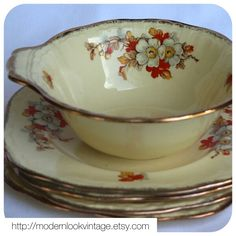 Stunning Alfred Meakin Marquis bowl and plates! http://modernlookvintage.etsy.com