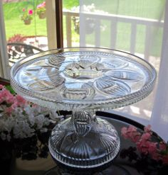 EAPG ANTIQUE GLASS PEDESTAL CAKE STAND PLATE . KAYAK PATTERN . HTF SMALL SIZE