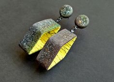 Polymer clay earrings | Anna Kokareva | Flickr Polymer Clay Pendant, Polymer Clay Art, Polymer Clay Earrings, Clay Beads, Jewelry Crafts, Jewelry Art, Jewellery, Pendant Earrings, Drop Earrings