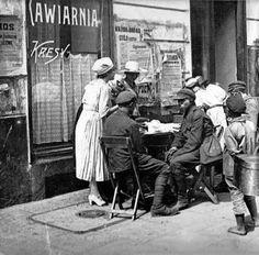 Kawiarnia Kresy przy Wareckiej w roku 1920