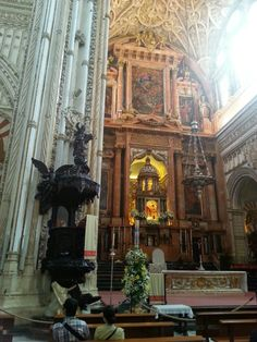 Main altar and pulpit, Catedral Cordoba