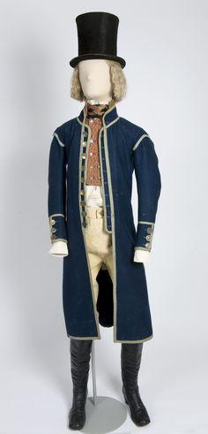 Folk costume, c. 1800, Østfold, Norway.